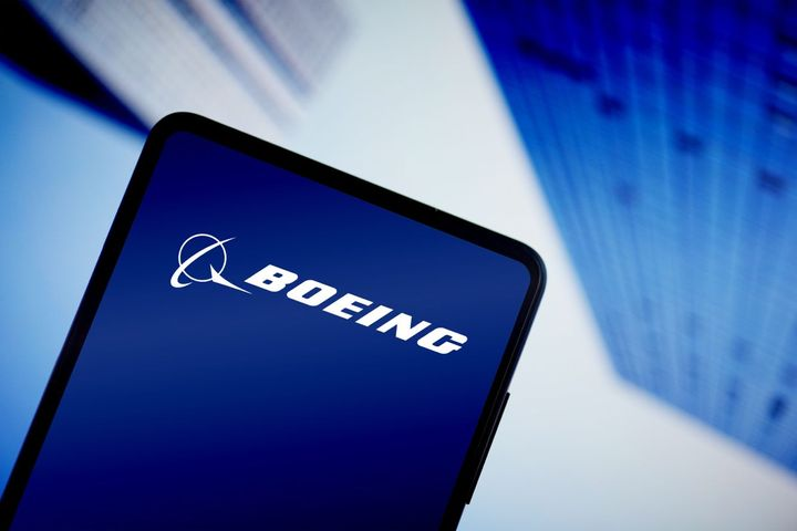 9 Air Is 13th Chinese Airline to Sue Boeing for 737 Max Losses