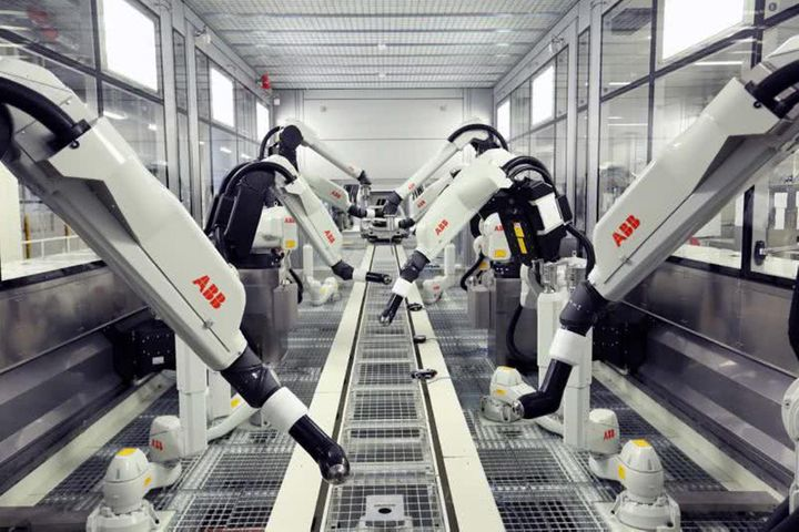 ABB's Shanghai Robot Plant to Open on Schedule, Exec Says