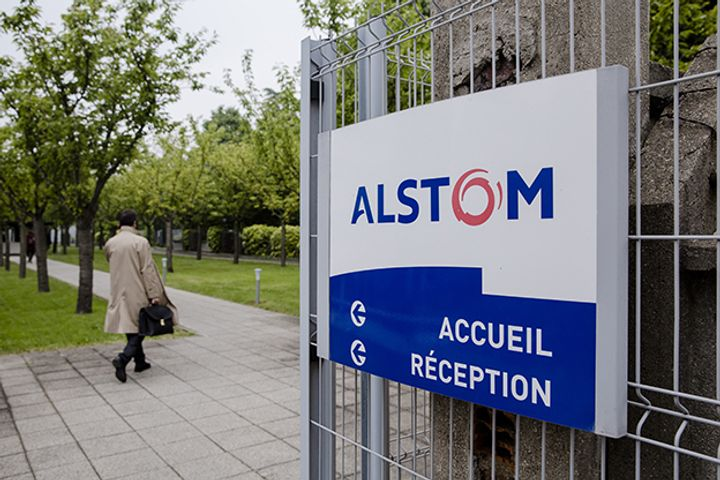 Alstom and Siemens in Talks on Merger of Transport Business to Compete With CRRC