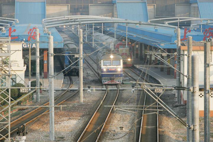 Annual Rail Passengers in Yangtze River Delta Hit 1.3 billion for First Time
