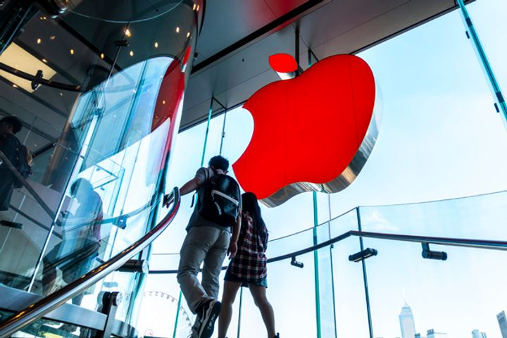 Apple Continues to Struggle as Huawei Flexes Might in Chinese Smartphone Market