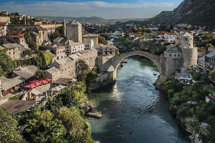 Bosnia and Herzegovina Becomes Second European Country to Waive Visa Requirements for Chinese Citizens