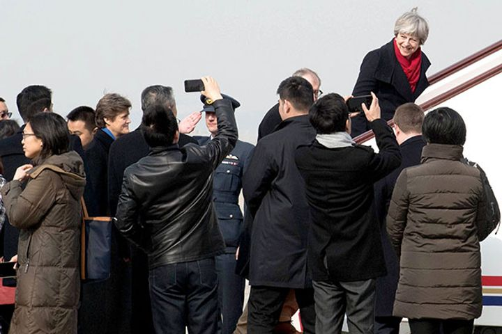British Prime Minister's Visit to China Creates 2,500 Jobs in UK, With Education Sector Prime Beneficiary