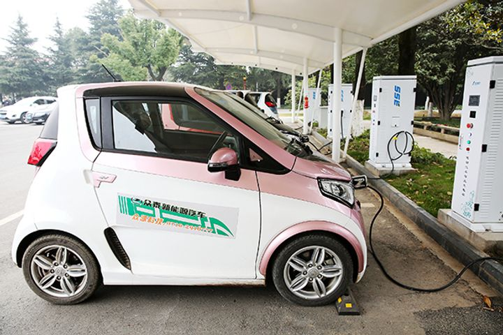 Charging Volume of Electric Vehicles in Hubei Rises 7-Fold Over National Day Holiday