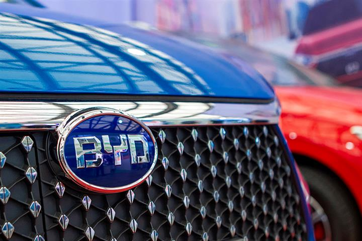 China's BYD, Japan's Hino Link Arms on Battery-Electric Trucks, Buses