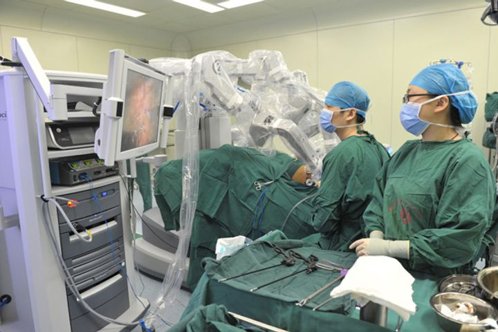 China Carries Out Over 40,000 Robotic Surgeries