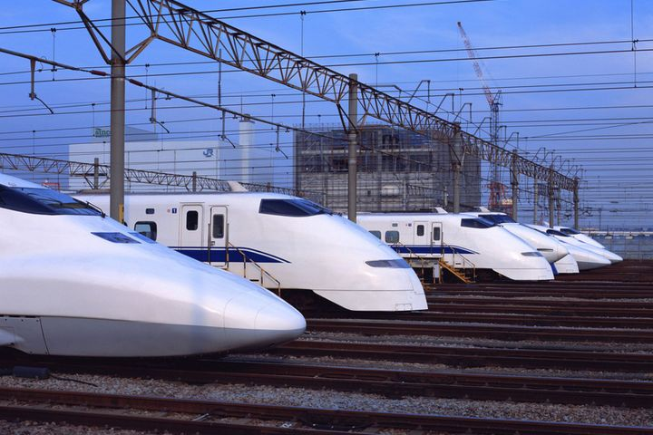 China Considers High-Speed Rail Connection Between Shanghai and Chengdu