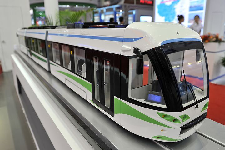 China Deploys World's First Commercial Hydrogen Streetcar
