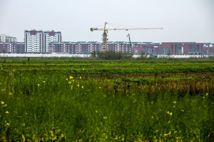China's Fiscal Revenue Dipped 1.4% Last Month Amid Decline in Land Tax