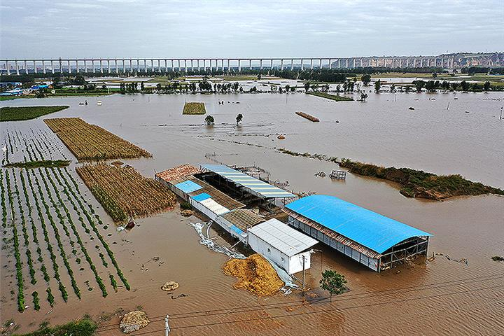 Chinese Gov't, People Will Step Up to Meet Challenge of Extreme Weather, Natural Disasters