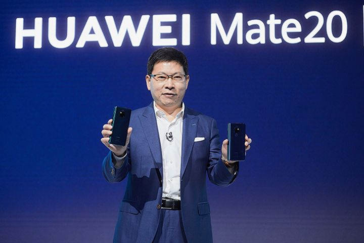 China's Huawei Debuts Mate 20 Series to Rival AppleHuawei Lobs New Mate 20 Series at Samsung and Apple