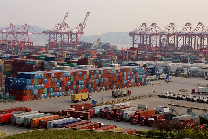China June Trade Surplus Beats Expectations; Leading Export Indicator Improves for Eighth Consecutive Month