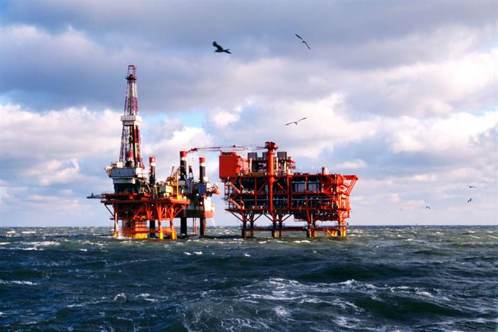 China's Largest Offshore Oilfield Lifts Output Almost 6% Amid Covid-19 Price Slump