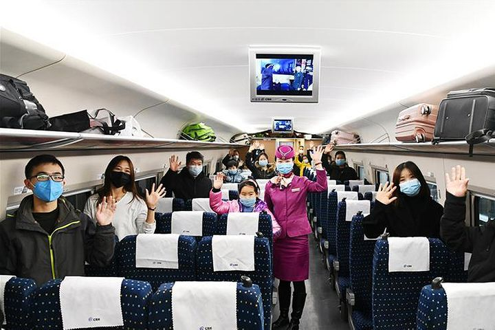China's Localities Splash Cash, Charter Trains, Planes to Pull Workers