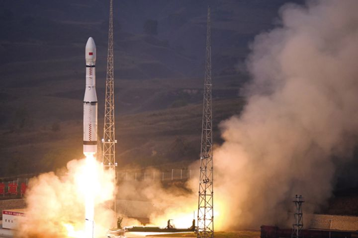 China's Long March 6 to Launch First Satellites for International Users