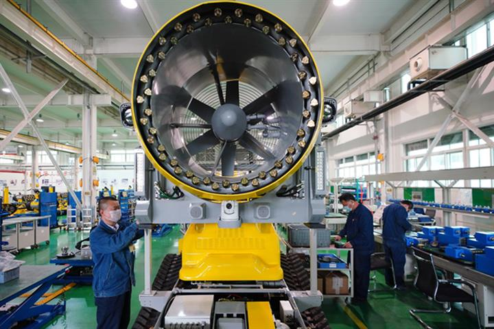 China Manufacturing PMI Stays Above 51 For Seven Months In