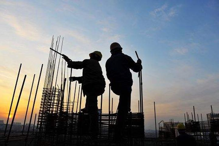China's First-Half Property Sector Growth Lagged GDP Expansion, Gaining Just 2.5%