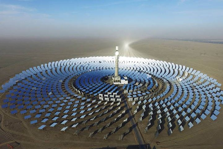 China Puts 200 Megawatt-Hour Concentrated Solar Power Plant Into Operation