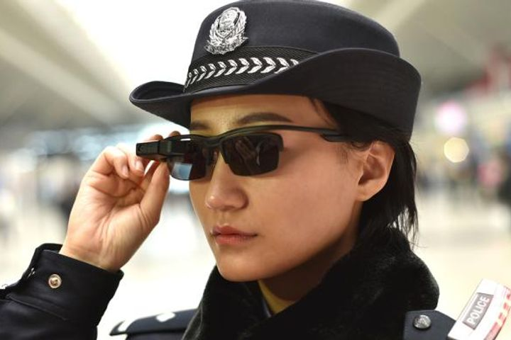 China's Rail Cops Don AI-Assisted Specs to Bust Baddies