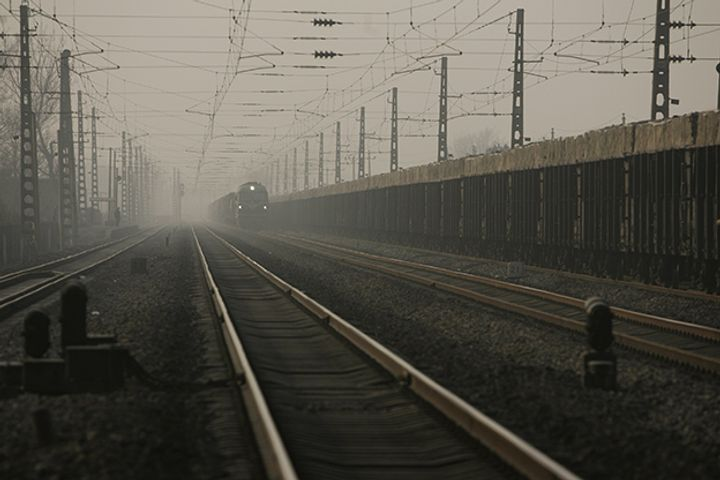 China Railway to Accelerate Mixed-Ownership Reform With Alibaba, Tencent