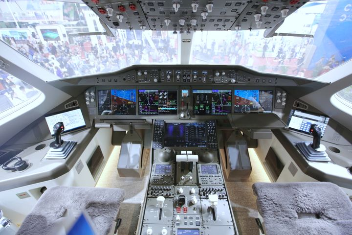 China, Russia JV Debuts Passenger Plane Design Model