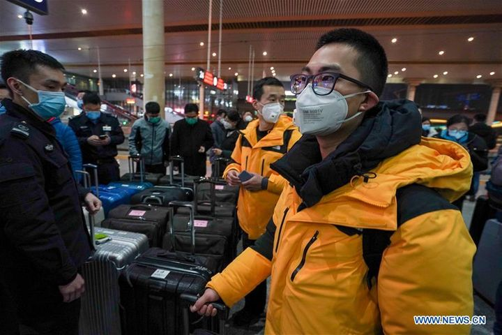 China Sends 25,633 Medics to Battle COVID-19 in Hubei