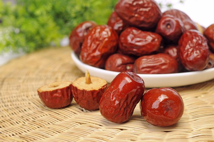 China to Develop Further Fresh Fruit Futures in Dates After Success of Apples