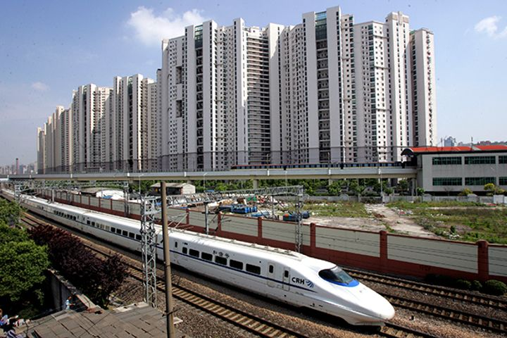 China to Roll Out E-Ticketing for High-Speed Rail Next Year