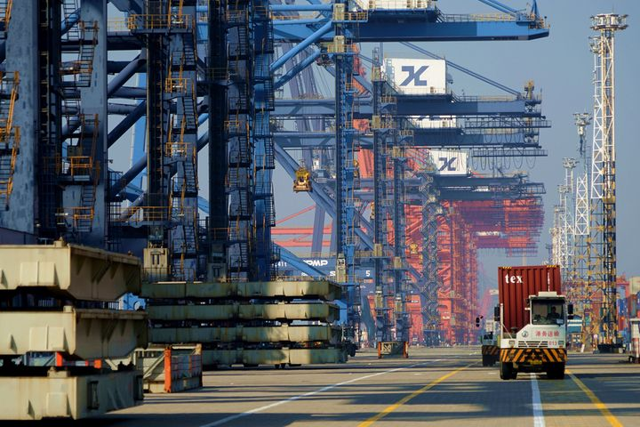 China's Trade Surplus Grew Last Month on Rise in Goods Trade Excess, SAFE Says