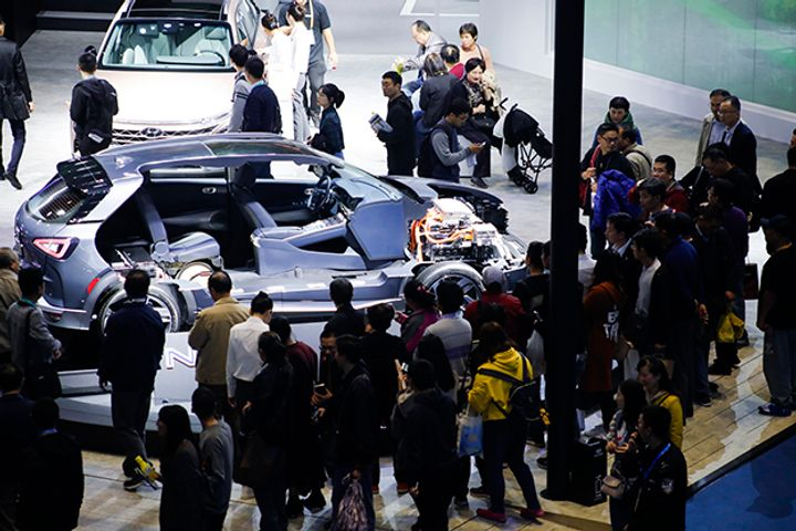 Chinese Car Sales Fell 17% in February Amid Lunar New Year Celebrations