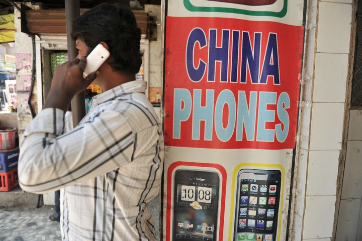 Chinese Mobile Phone Brands Claim Half of India's Smartphone Market