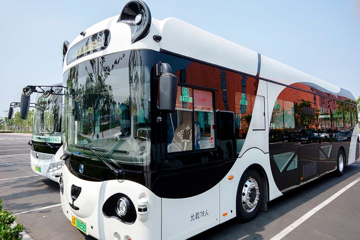 DeepBlue Tech Lands Shanghai's First Connected Bus License, Plans Road Tests