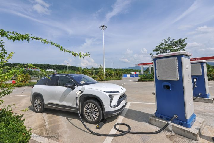 Electric Cars Doubled Use of Highway Charging Piles Over China's National Holiday