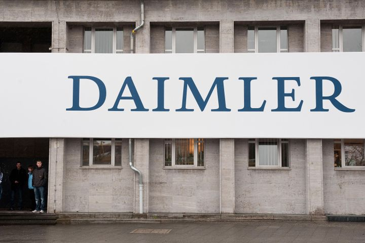 EU, Federal Anti-Monopoly Agents Ransack Inner Sanctums of German Auto Oligopoly