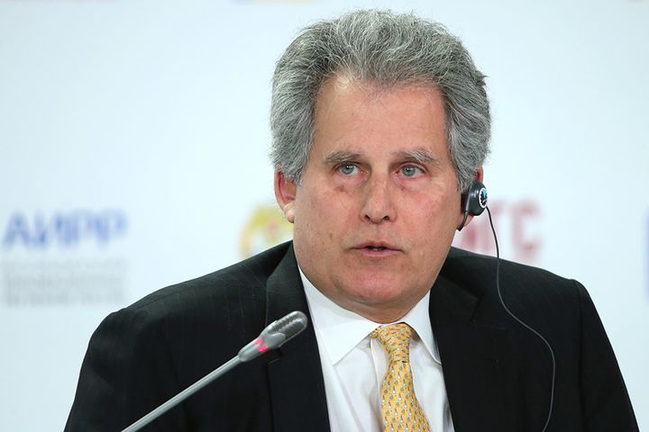 [Exclusive] Fed to Watch Before Cutting Rates; China Should Liberalize Them, IMF's Lipton Says