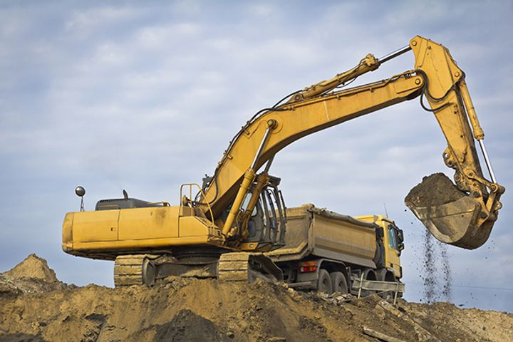 Experts Predict Rise in Infrastructure Spending as Construction Machinery Sales Soar