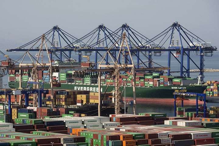 Greece's Piraeus Is Not Ready for China COSCO's Container Terminal