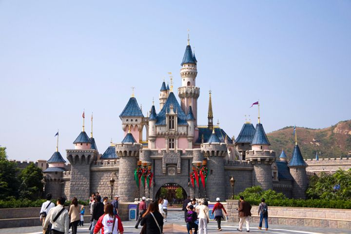 Hong Kong Disneyland Officially Breaks Ground on Extension Project