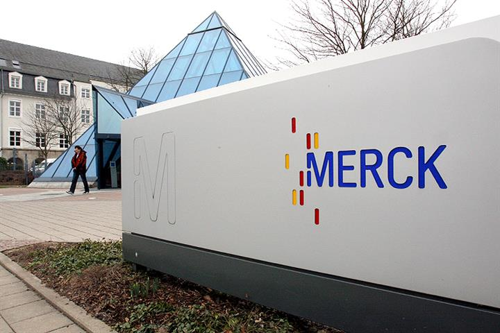 Merck Invests USD25.9 Million to Make Flexible OLED Materials in Shanghai