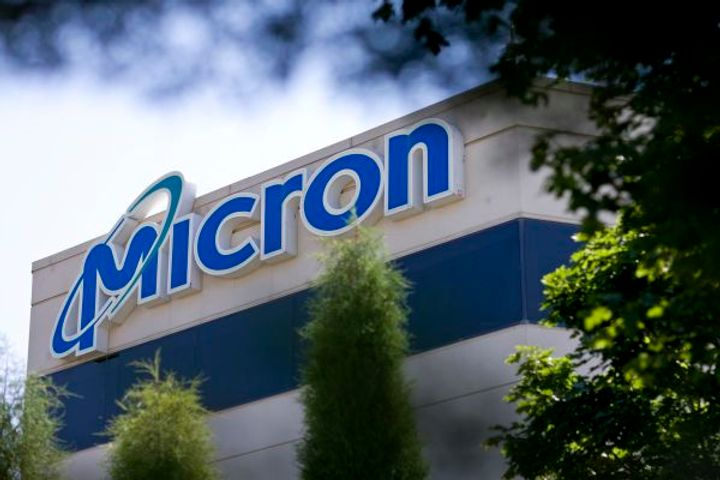 Micron Is Hit With Chip Sales Ban in China Due to Copyright Issues