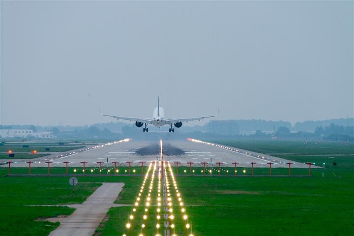 Nanjing Airport Cancels 80% of Flights as 17 Workers Test Positive for Covid-19