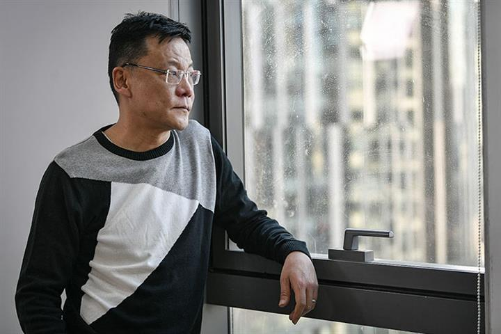Police Take Dangdang Founder Li Guoqing After He Resorts to Safe-Breaking, Firm Says