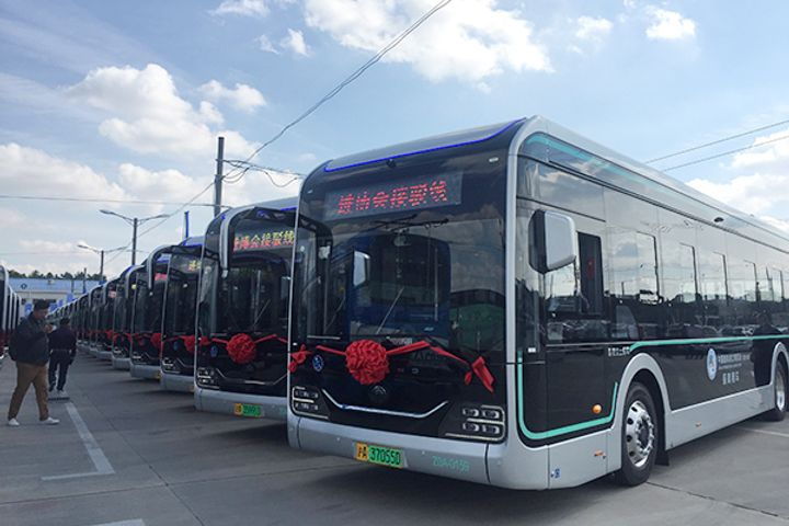 Shanghai to Deploy 440 Smart Buses That Avert Driver Error for the CIIE