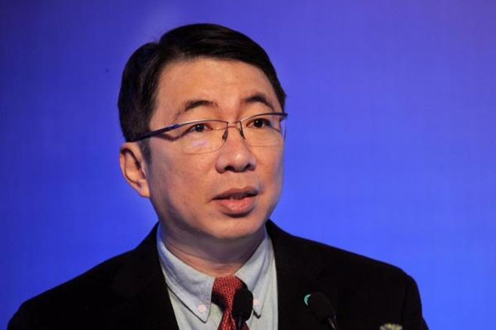 Shanghai Will Relax Access Restrictions for Foreign Financial Institutions, Official Says