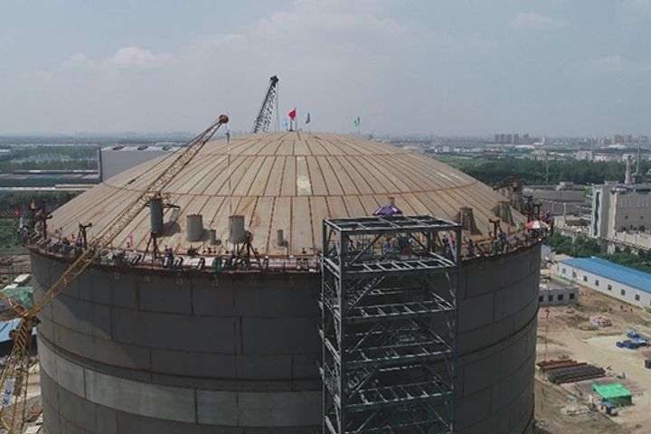 Sinoenergy Raises the Roofs on Asia's Largest LNG Tanks