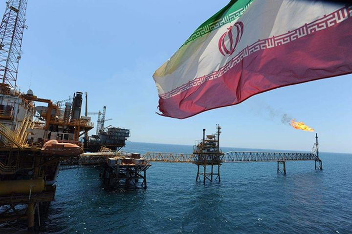 Sinopec's Iranian Oil Imports Are Normal Trade Dealings, VP Says