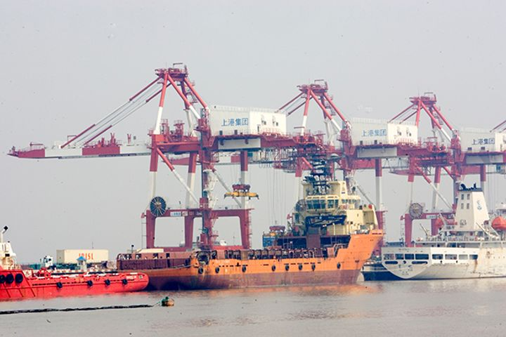 Sinopec Makes China's First Low Sulphur Marine Fuel One Year Before Pollution Curbs