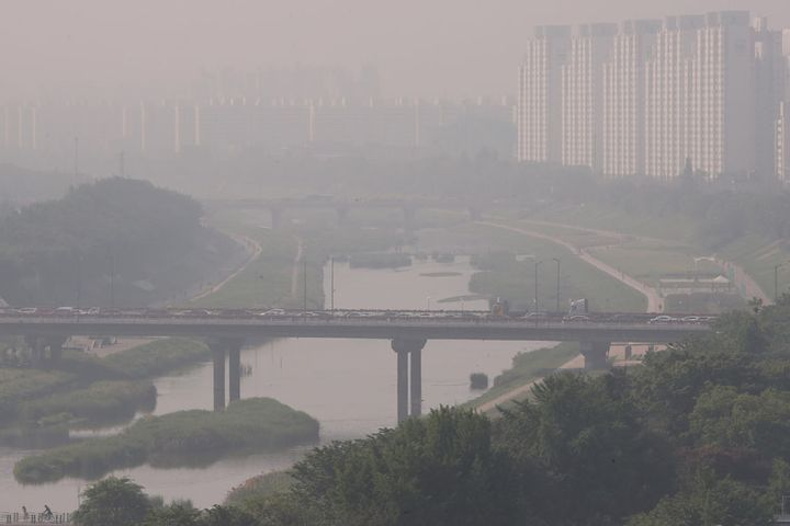 South Korea Should Tell Citizens Not to Blame China for Smog, Think Tank Says