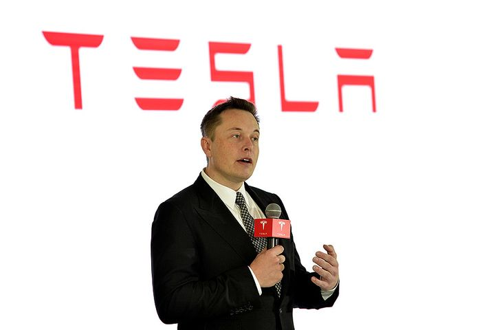 Elon Musk Is in Shanghai for First China-Made Tesla Deliveries, Start of Model Y Orders
