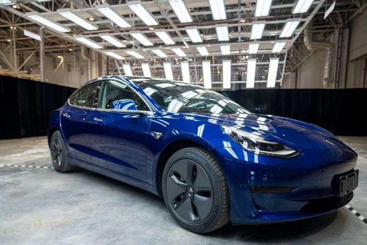 Tesla Rolls out First China-Made Cars
